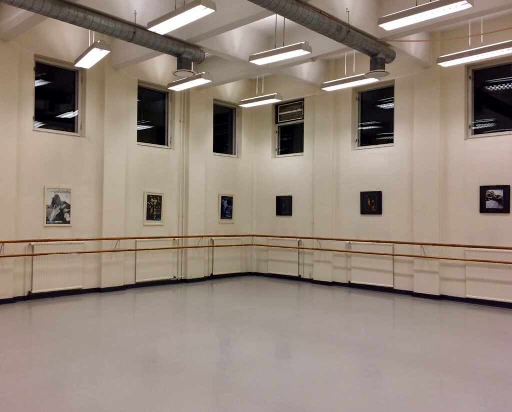 Balettitunti Aleksanterin teatterilla