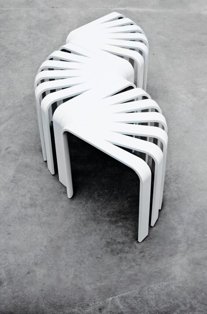 Valkoinen jakkara