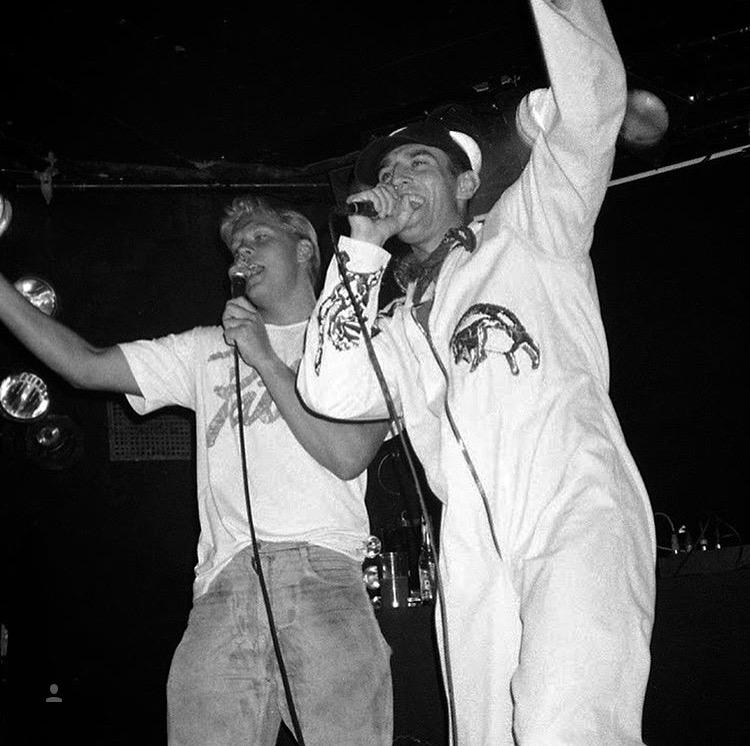 Pyöveli & Nasty performing